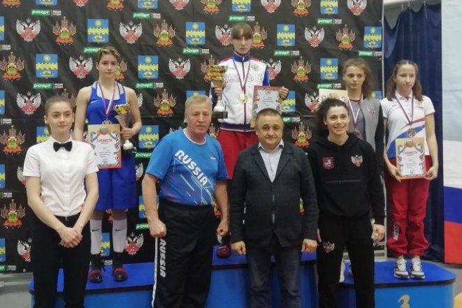 Первенство России по боксу среди девушек 15-16 лет