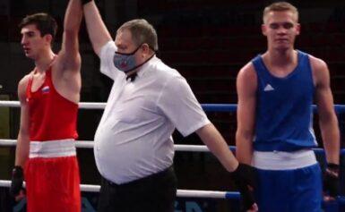 Никита Клецко выиграл серебро на всероссийских соревнованиях по боксу в Казани